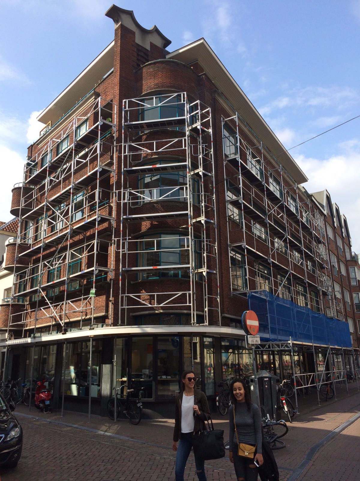Buiten schilderen appartementencomplex Amsterdam
